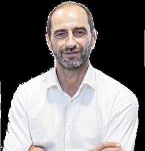 Docteur Yachouh, chirurgien en rhinoplastie Clinique St Roch